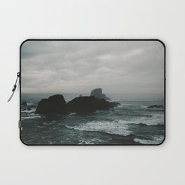 Crashing Waves on Cannon Beach Oregon Laptop Sleeve