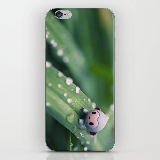 I can slides down iPhone & iPod Skin