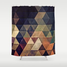 fyssyt pyllyr Shower Curtain