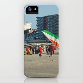 Chars à voile Beach iPhone Case