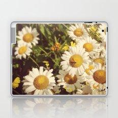 Garden Daisies Laptop & iPad Skin