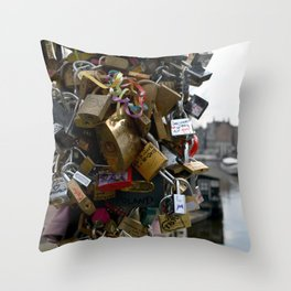 Lovers locks Throw Pillow