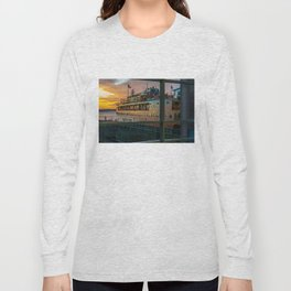 Ferry Docked (Staten Island Ferry) Long Sleeve T-shirt