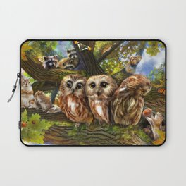 Out On a Limb Laptop Sleeve