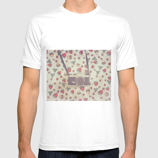 Strawberry camera days T-shirt