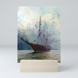 fernweh for distant lands [expedition to Galapagos] v2 Mini Art Print