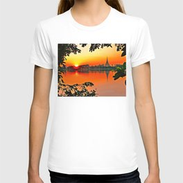 Sunset Leaves. T-shirt