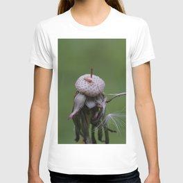 Resistance - Dandelion on green blurry background T-shirt
