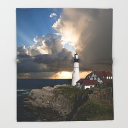 Lighthouse of New England Throw Blanket