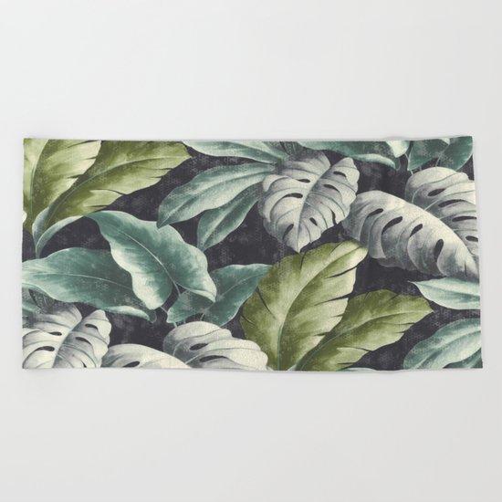 botanical pattern Beach Towel