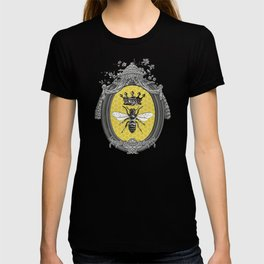 Queen Bee | Vintage Bee with Crown | Honeycomb | T-shirt