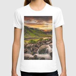 Tryfan and Llyn Ogwen Snowdonia T-shirt