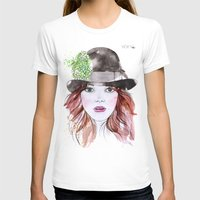 emma stone T-shirts featuring Emma Stone by Vicky Ink.