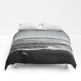 BEACH DAYS XXIII BW Comforters
