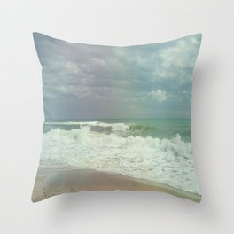 Sea ​​breeze Throw Pillow