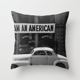 I Am An American Photo Dorothea Lange Throw Pillow