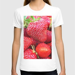 Close-up of Fresh Strawberries T-shirt