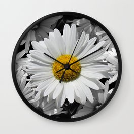 Cheerful Daisy Flower A197 Wall Clock