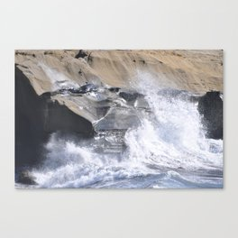 SPLASHING OCEAN WAVE Canvas Print