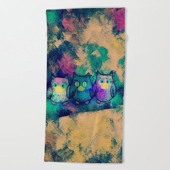 owl-258 Beach Towel