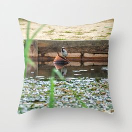 Relaxing. Throw Pillow