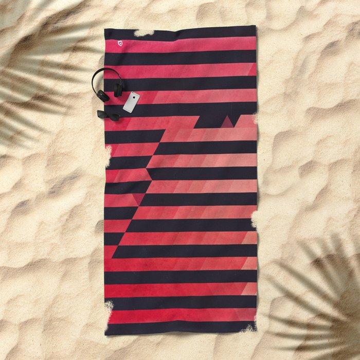 slyg stryyp Beach Towel