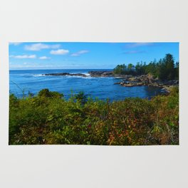 The Pacific Ocean as seen from the Wild Pacific Trail on Ucluelet, BC Rug