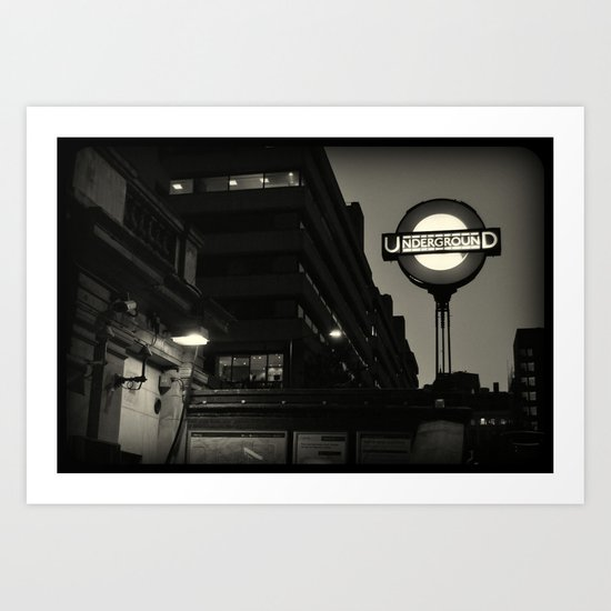 London Temple Undergroung Station Art Print