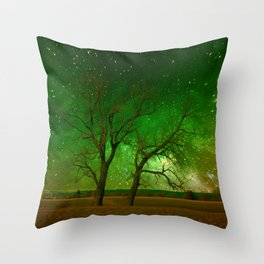Nature spectacle Throw Pillow