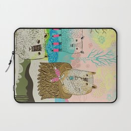 Sheep chillaxing Laptop Sleeve