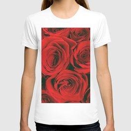 Romantic Red Roses  - T-shirt