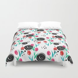 Abstract floral pattern tulips. Duvet Cover