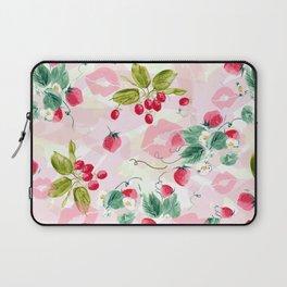 strawberries w kisses Laptop Sleeve