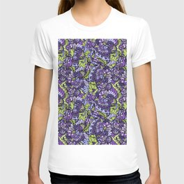 Seamless Doodle texture and floral pattern. T-shirt
