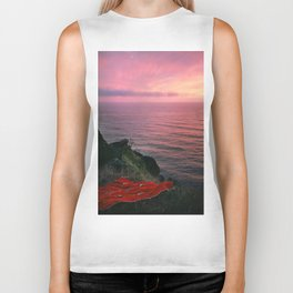 Ocean.Sunset.Sea Cliff.Red Blanket.Pink Sky.Oregon.Coast.Waves.Water Biker Tank