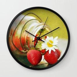 fraises Wall Clock