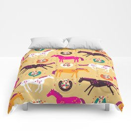 Lucky Horses Comforters