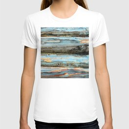 Vintage Reclaimed Logs With Weathered Breathtaking Blue Paint T-shirt