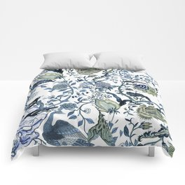 Blue vintage chinoiserie flora Comforters