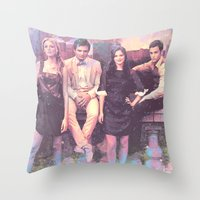 gossip girl Throw Pillows featuring Gossip Girl American TV series by Nechifor Ionut