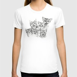 Kittens Pattern Cute Meowing Cats T-shirt