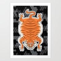 TIBETAN TIGER GOLDEN (black) Art Print