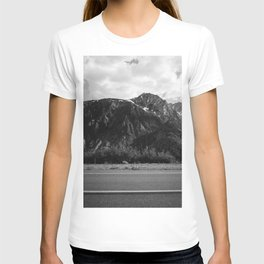 Monochrome Yosemite Drives II T-shirt