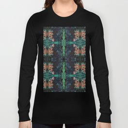 Green Lotus Long Sleeve T-shirt
