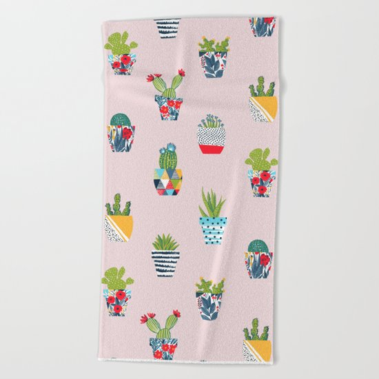 Funny cacti illustration Beach Towel