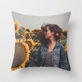 Flower Photography by Gustavo Bautista Reyes Throw Pillow