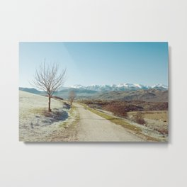 Mountains in the background Metal Print