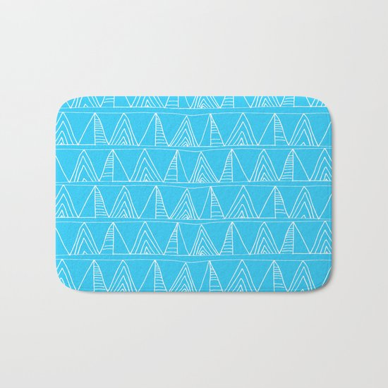 Triangles- Simple Triangle Pattern for hot summer days-Mix & Match Bath Mat