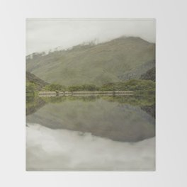 Reflections from Diamond Lake Throw Blanket