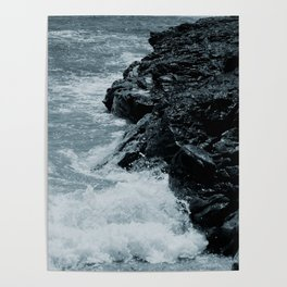 Crashing Waves On Rocks Poster